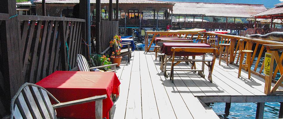 La Octava Maravilla | Restaurante y Bar en el Lago de Coatepeque 06