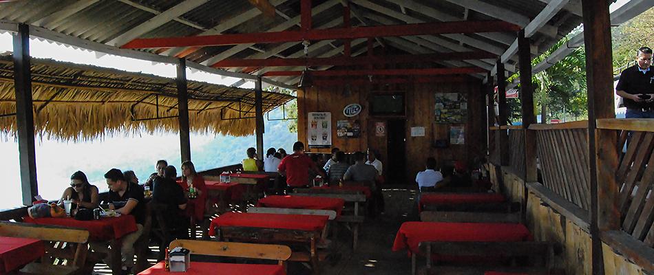 La Octava Maravilla | Restaurante y Bar en el Lago de Coatepeque 12