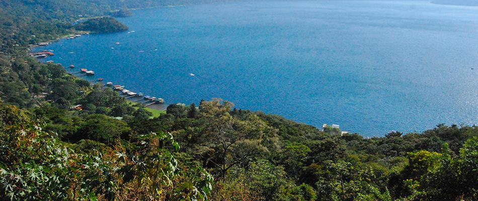 La Octava Maravilla | Restaurante y Bar en el Lago de Coatepeque 13