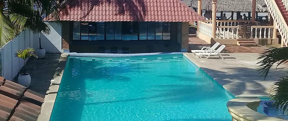 Hotel y Restaurante Villa Esmeralda Resort 04