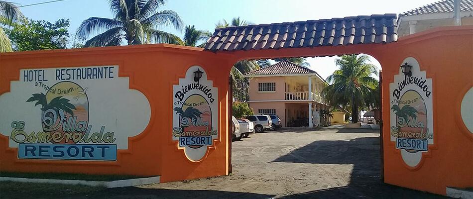 Hotel y Restaurante Villa Esmeralda Resort 10