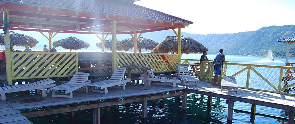 Rancho Alegre | Restaurante & Bar en el Lago de Coatepeque 04