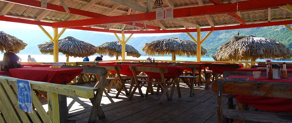 Rancho Alegre | Restaurante & Bar en el Lago de Coatepeque 02