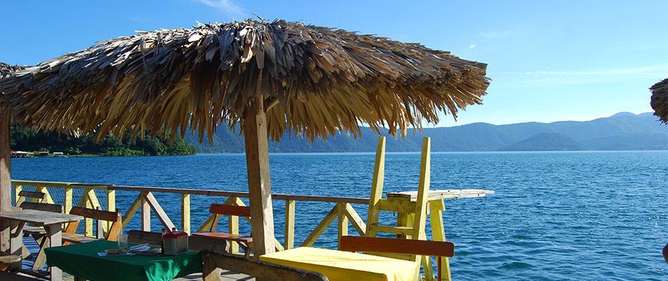 Rancho Alegre | Restaurante & Bar en el Lago de Coatepeque 01
