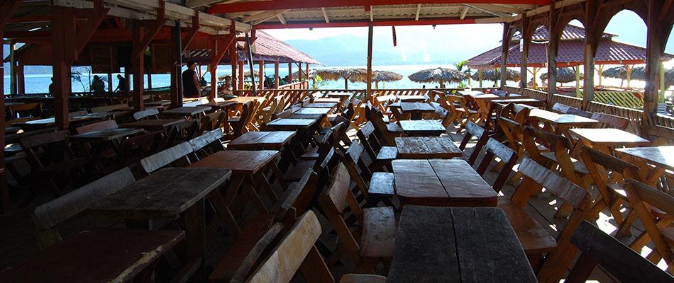 Rancho Alegre | Restaurante & Bar en el Lago de Coatepeque 10