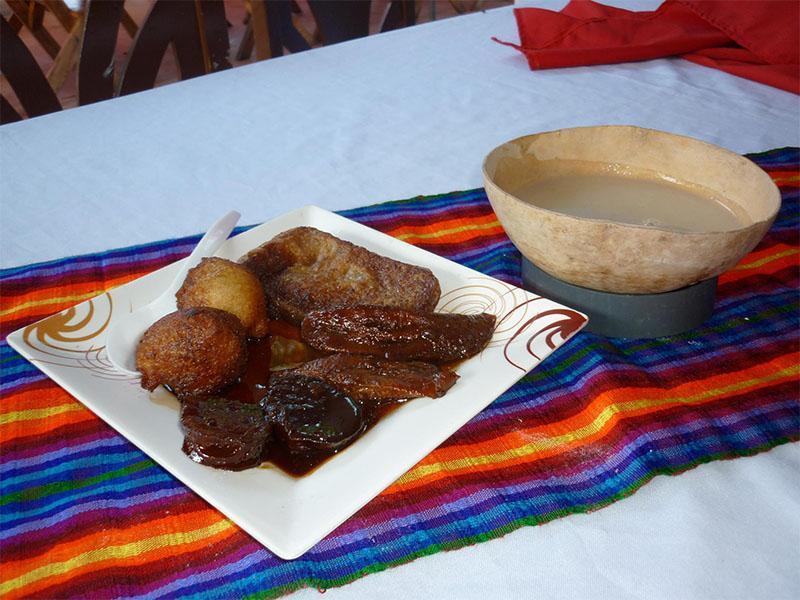 Comida Típica Salvadoreña | Chilatería Doña Sara 10
