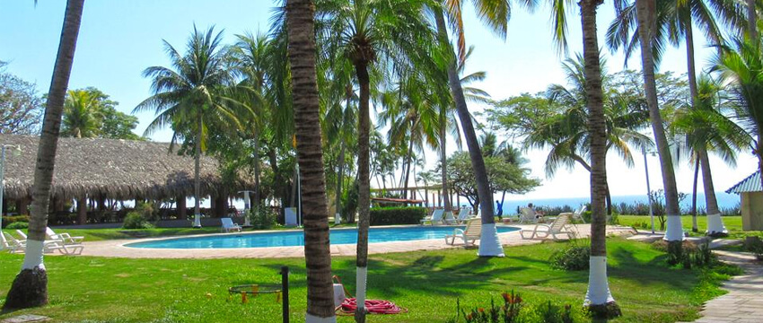 Atami Escape Resort - Hotel de Playa en La Libertad 05