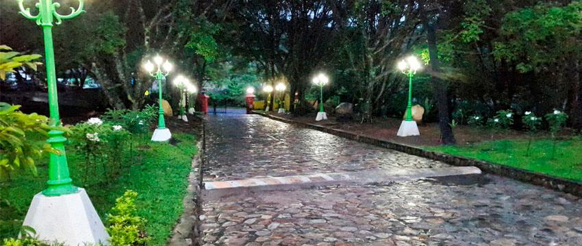 Entre Pinos, Hotel de Montaña en Chalatenango